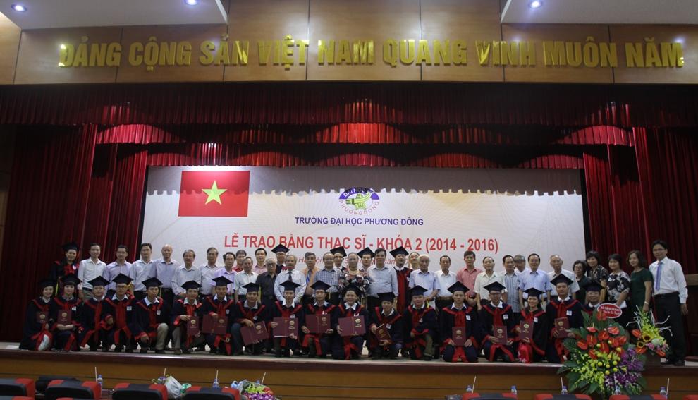 Lễ trao bằng thạc sĩ - khóa 2 (2014 - 2016)