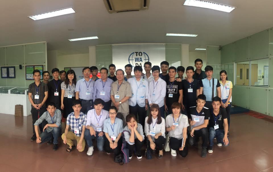(HTĐT) Sinh viên trường Đại học Phương Đông thăm quan nhà máy Towada