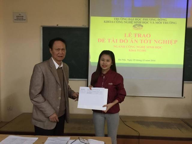 (CNSH)-Gần 100 sinh viên năm thứ 4 Khoa CNSH-MT làm đồ án tốt nghiệp