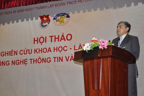 Thứ trưởng Bộ TT&TT Nguyễn Minh Hồng phát biểu tại Hội thảo Khoa học Đào tạo Khoa CNTT - Đại học Phương Đông (theo báo điện tử ictnews)