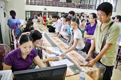 Danh sách thi sinh đăng ký trực tuyến (Online) xét tuyển ĐH, CĐ đủ điều kiện trúng tuyển - Đợt 1